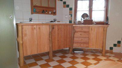 Waschtisch mit Wildholz